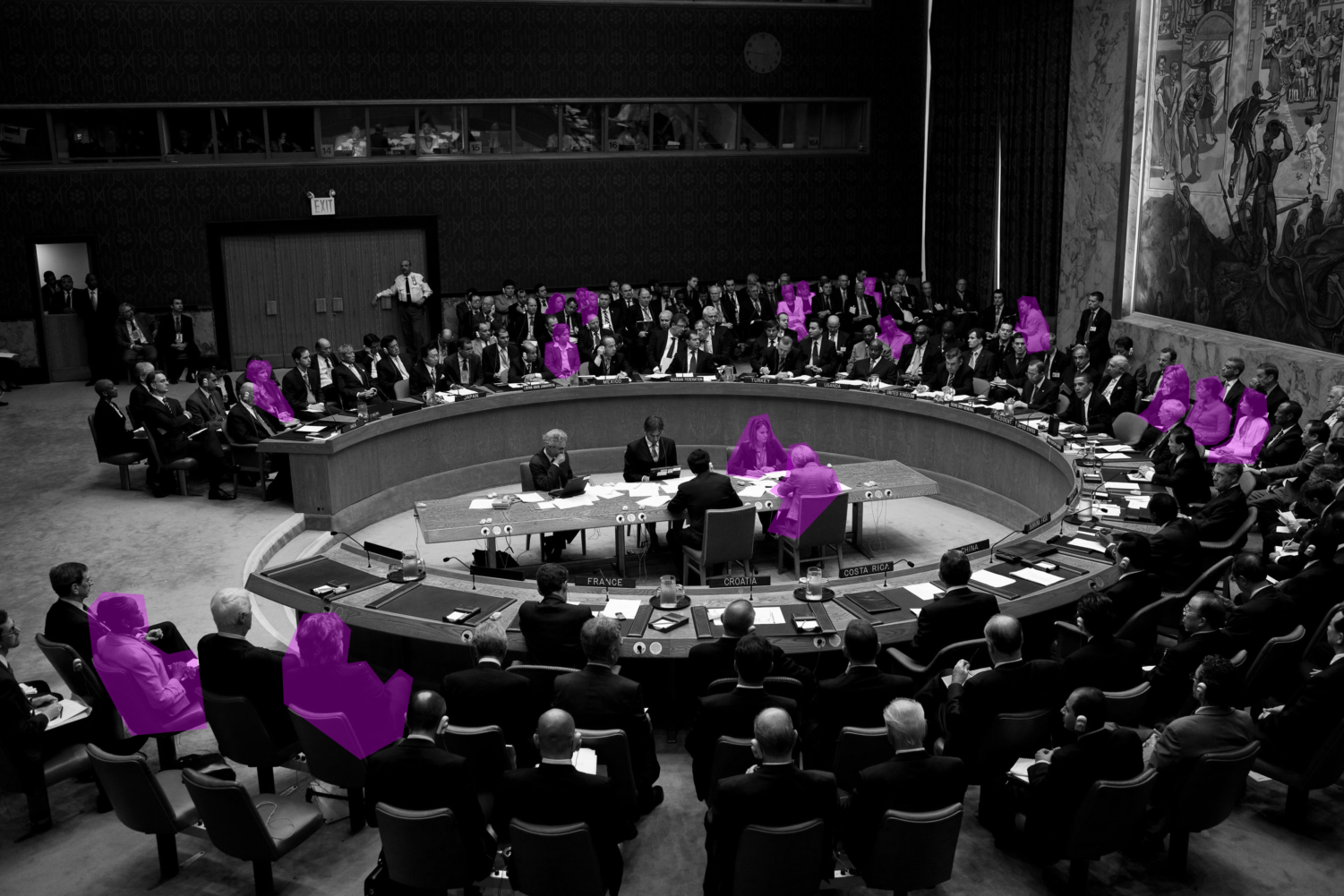 At a 2009 United Nations Security Council meeting, the ratio of women to men is drastically different. (Pete Souza / Wikimedia Commons / Public Domain).
