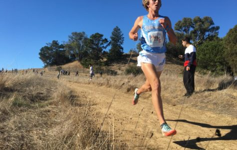 Scots duo stays on path to State