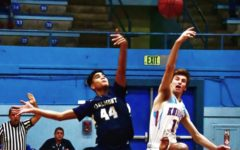 Carlmont varsity boys basketball crumble late in loss to Hillsdale
