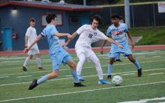 Boys varsity soccer breaks winning streak against Hillsdale