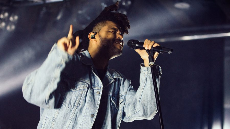 The+Weeknd+performs+to+an+audience+at+a+concert+in+Oslo%2C+Norway+in+2015.+