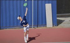 Boys tennis bests Menlo Knights in 7-2 victory