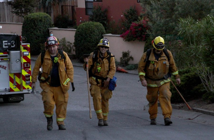 Breaking News: Vegetation fire forces community evacuations