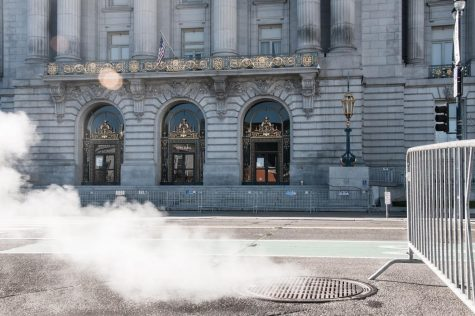 The San Francisco City Hall has barricades outside in preparation for Inauguration day.