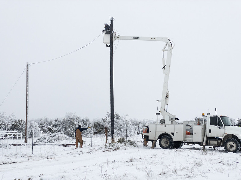 Texas winter storms disrupt residents