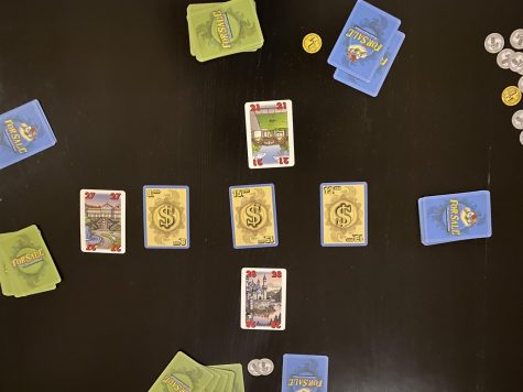 For Sale is a family-friendly filler game where players auction properties and use the properties they buy to get the highest paychecks.